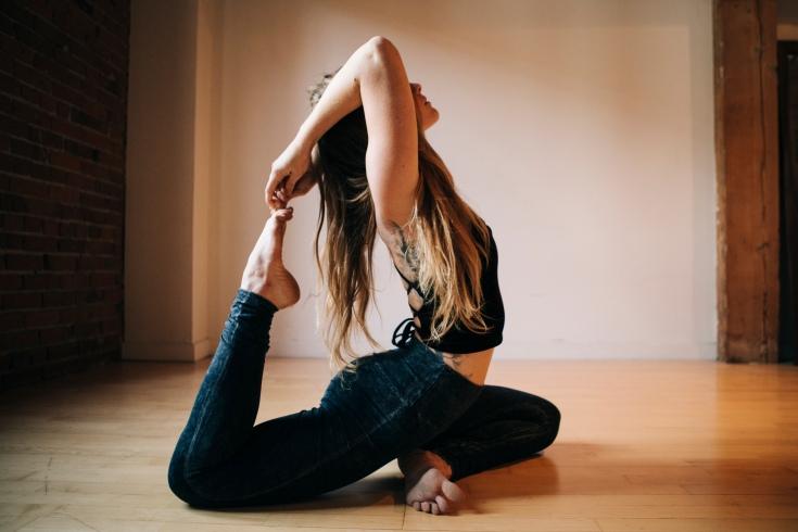 Malia_Yoga_07